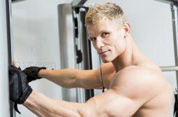 چگونه در هر سنی تغذیه کنیم تا حداکثر عضله سازی را داشته باشیم