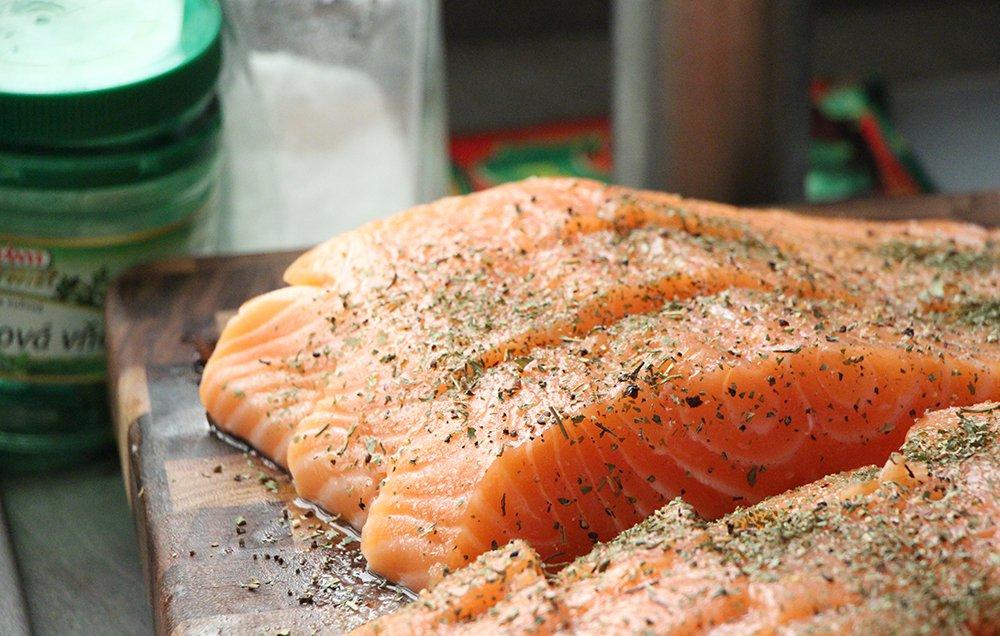 عکس همه چیز در مورد مزایای بی نظیر مکمل روغن ماهی