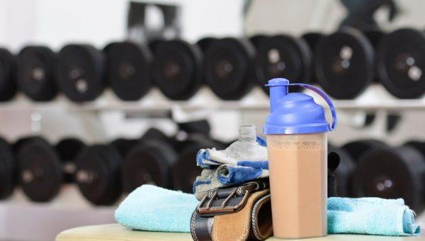۶ مکملی که میتوانند باعث افزایش سطح انرژی و کارامدی شما در تمرینات شوند