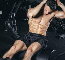 عکس چگونه برای آشکار شدن عضلات شکم رژیم بگیریم