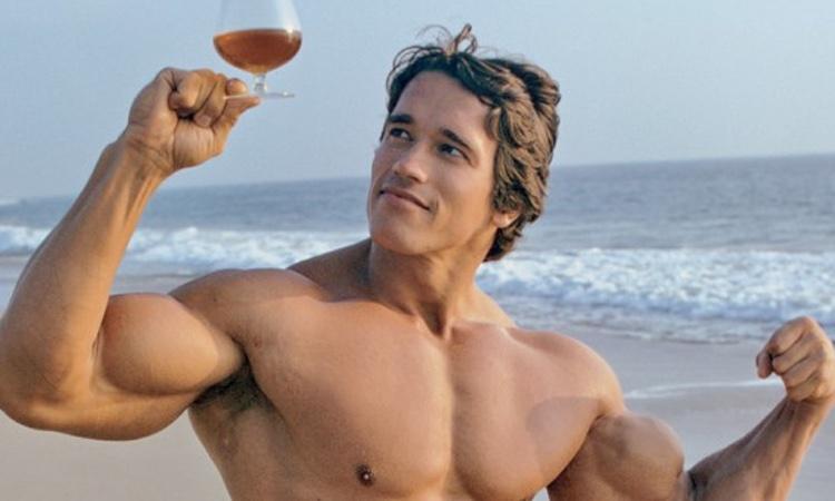 عکس رابطه بدن سازی و مصرف الکل