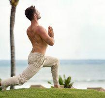عکس برنامه یوگا بسیار کارامد و کوتاه برای بهبود پیشرفت در تمرینات با وزنه