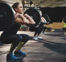 عکس بانوان چگونه باید برنامه اختصاصی بدن سازی و ورزش خود را تنظیم کنند؟
