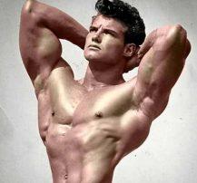 عکس چگونه به شکل طبیعی عضله سازی کنیم
