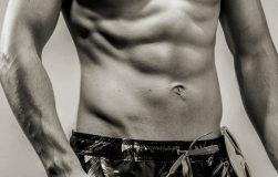 عکس راهنمای کامل ۱۲ هفته ای ساختن عضلات شش تکه شکم
