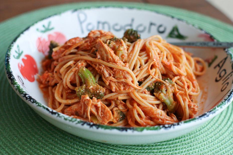 Crockpot Chicken Spaghetti Recipe Aggies Kitchen