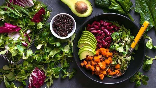معایب و مزایای گیاهخواری