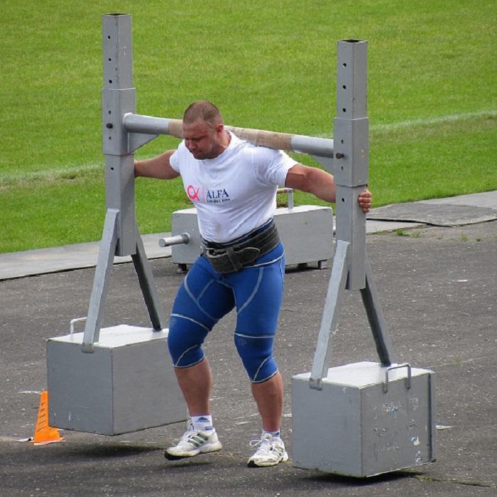 مسابقات قویترین مردان مستر نشنال