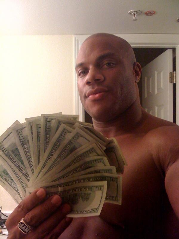 phil heath with money